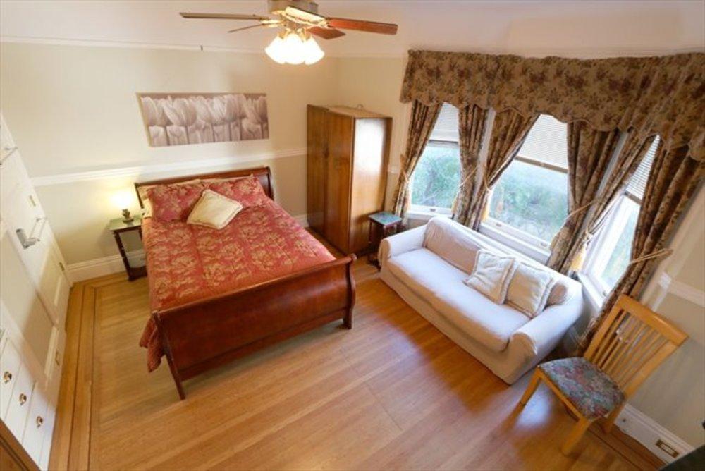 Ma bedroom2  1