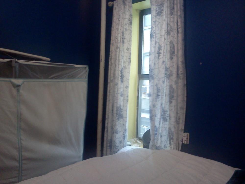 Blue room for rent 3