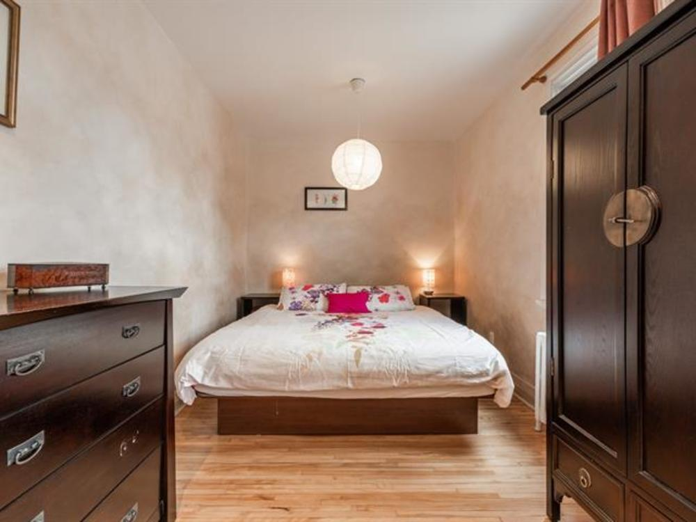 2 master bedroom 1