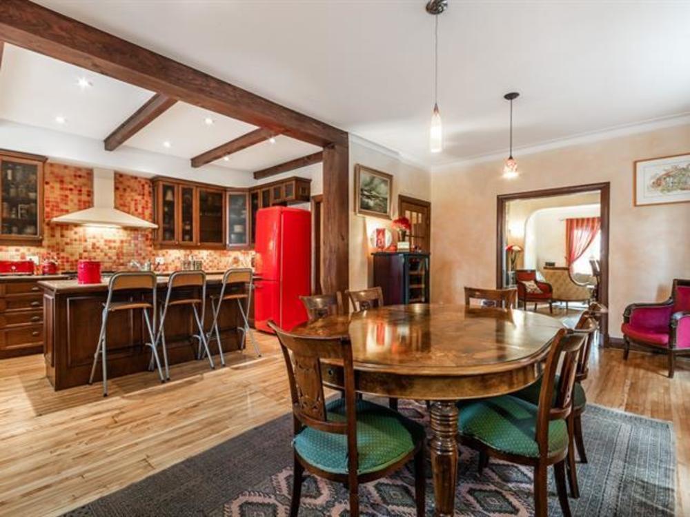 12 dining room 1