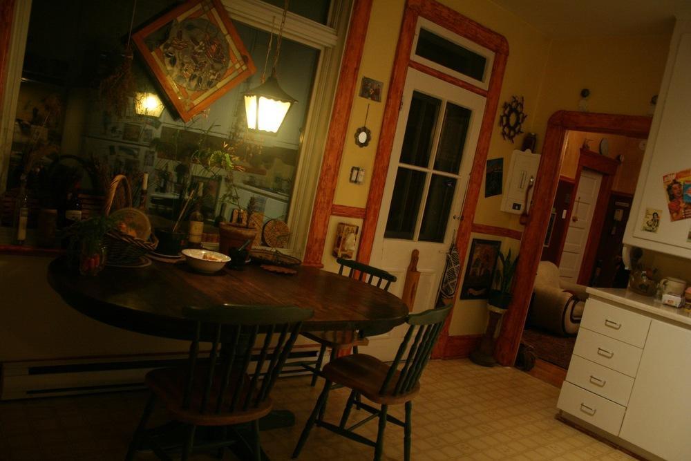 Kitchen 2 light