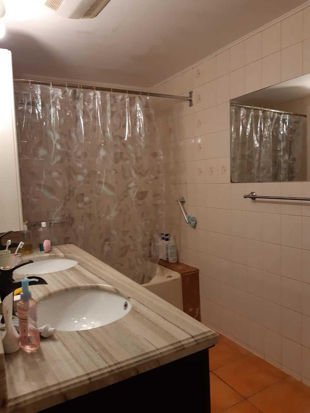 Bathroom rc