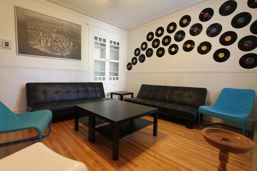 Cosmo livingroom 1
