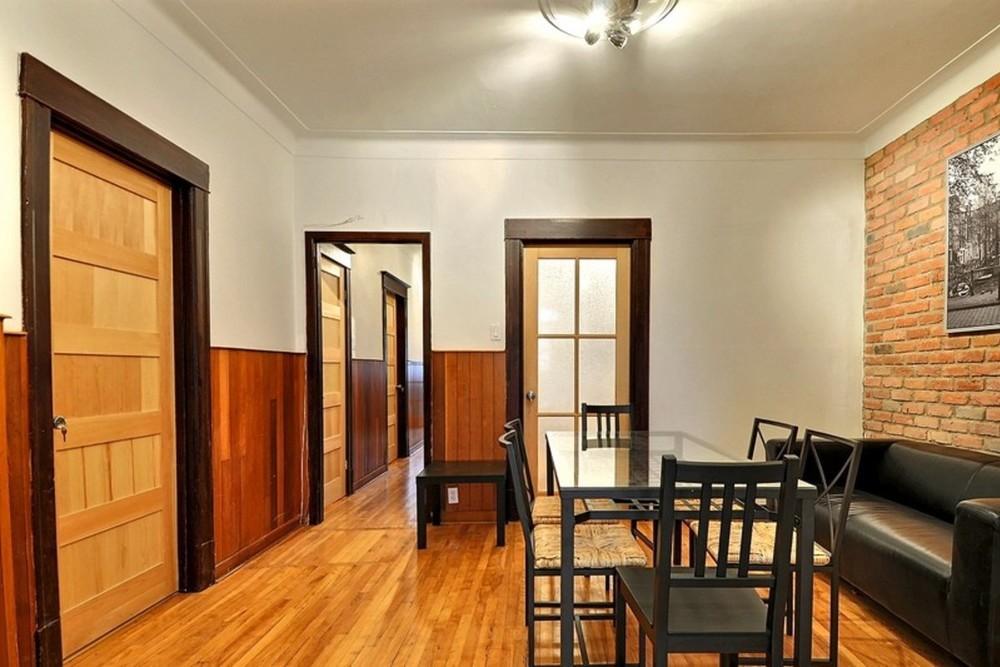 Colombus diningroom 2